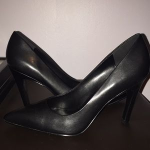 Nine West Black Pumps/Heels